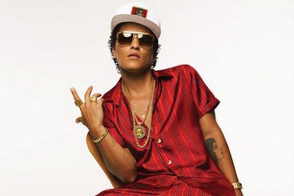 """Bruno Mars revela que Adele fue una """"diva"""""""