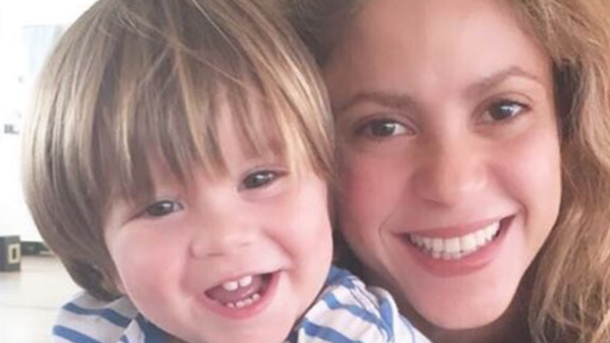 Shakira confirma buena salud de Sasha