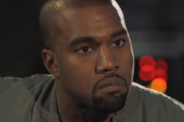 Kanye West seguirá hospitalizado