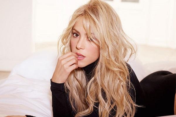 Shakira regresa a los escenarios en diciembre