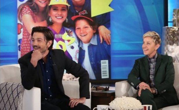 Diego Luna con Ellen DeGeneres
