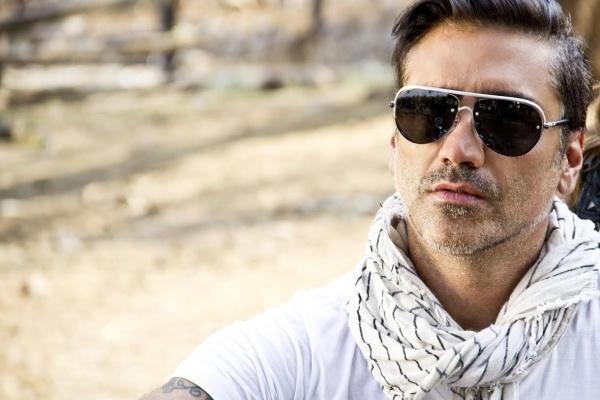 Alejandro Fernández estrena video